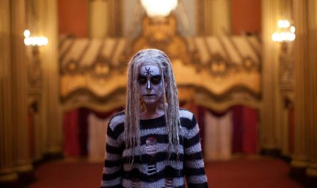 lords of salem horror film cover